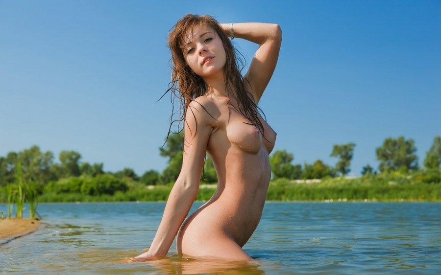 Фото девушки голые скачать бесплатно