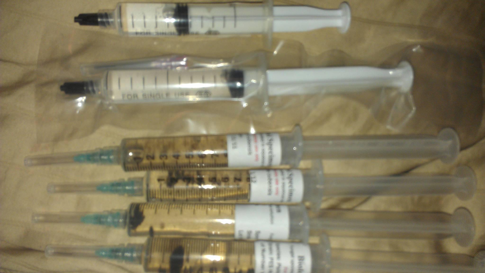Sporeworks vs sporefarmers - syringes - Shroomery Sponsors