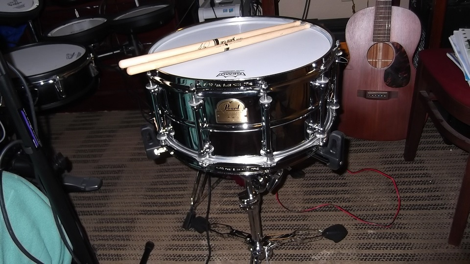 i 39 m almost finished building my acoustic drum kit the pub shroomery message board. Black Bedroom Furniture Sets. Home Design Ideas