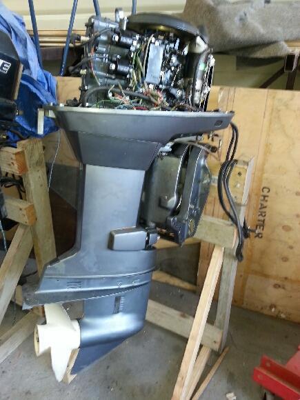 Rebuilding  Yamaha Hp Outboard Motor