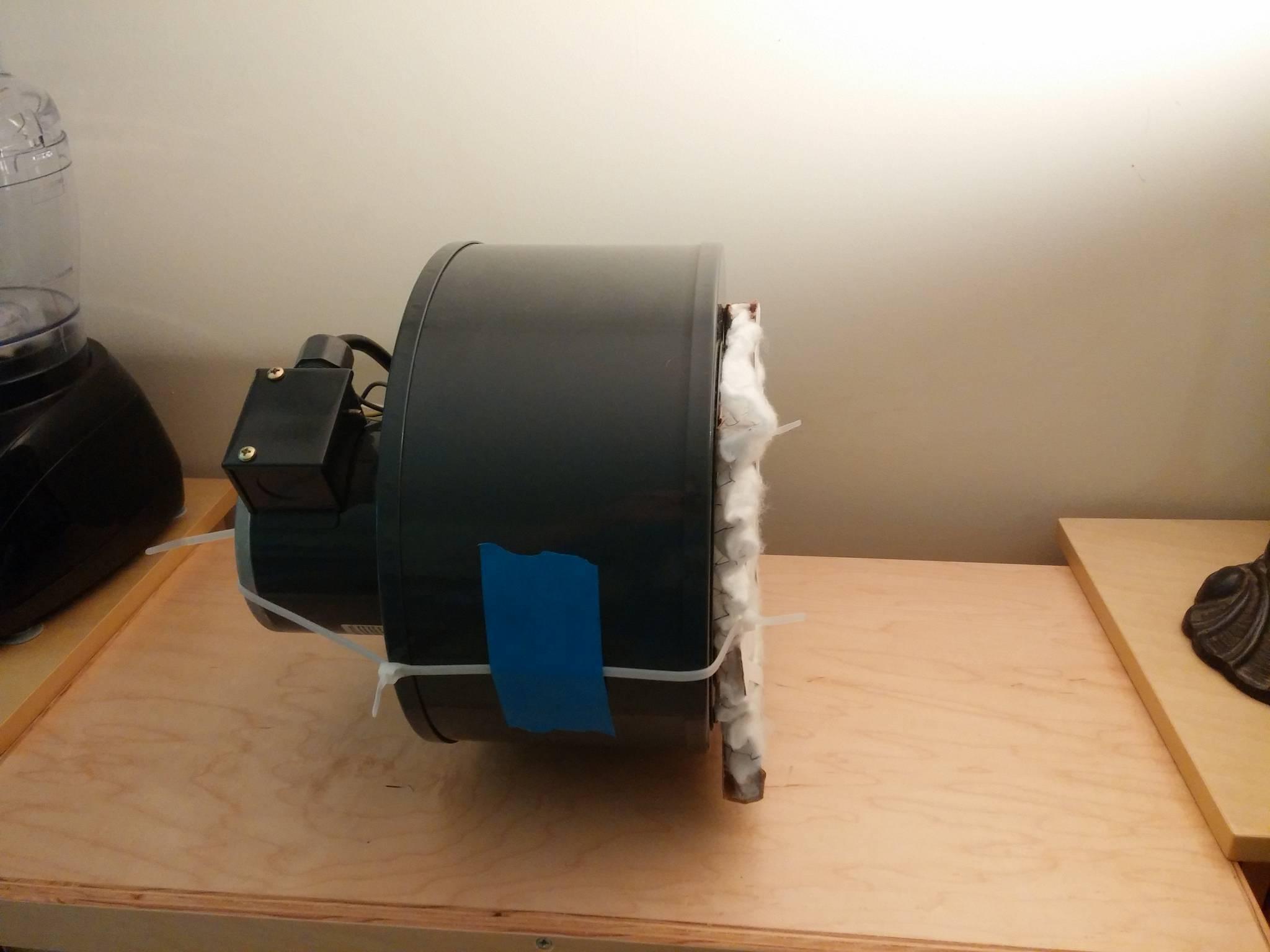 how to make a laminar flow hood