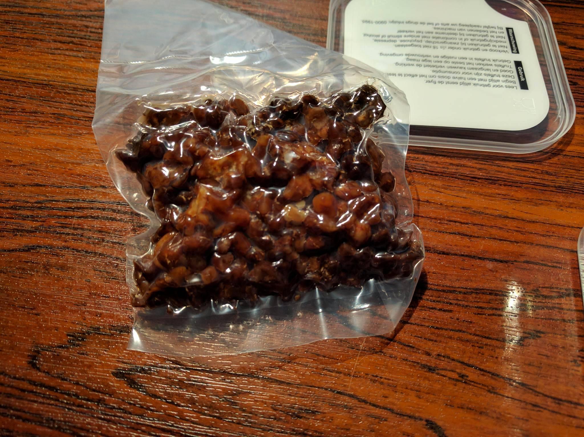 White stuff on magic truffles  - Mushroom Hunting and Identification